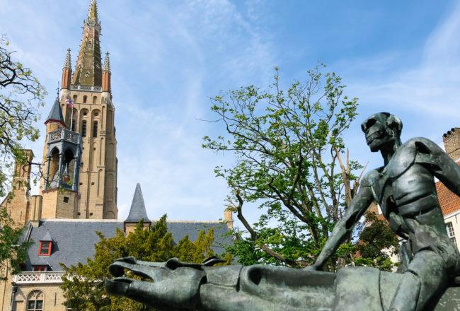 Blick auf das Gruuthusemuseum und die Kathedrale